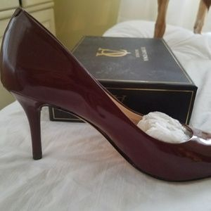 Vince Camuto cranberry patent leather pump